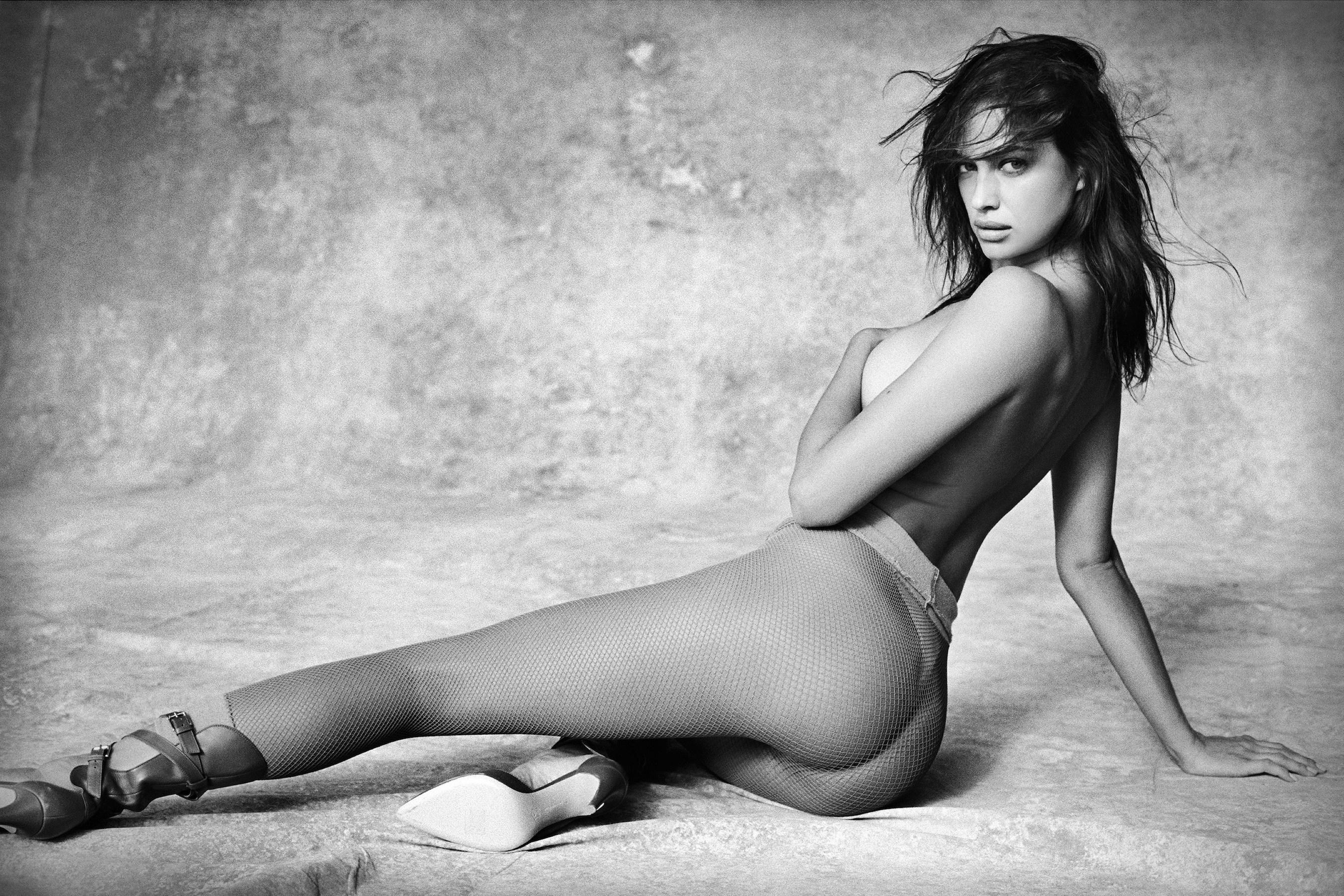 Фото оголенных модели, Голые модели - ню фото голых моделей 17 фотография