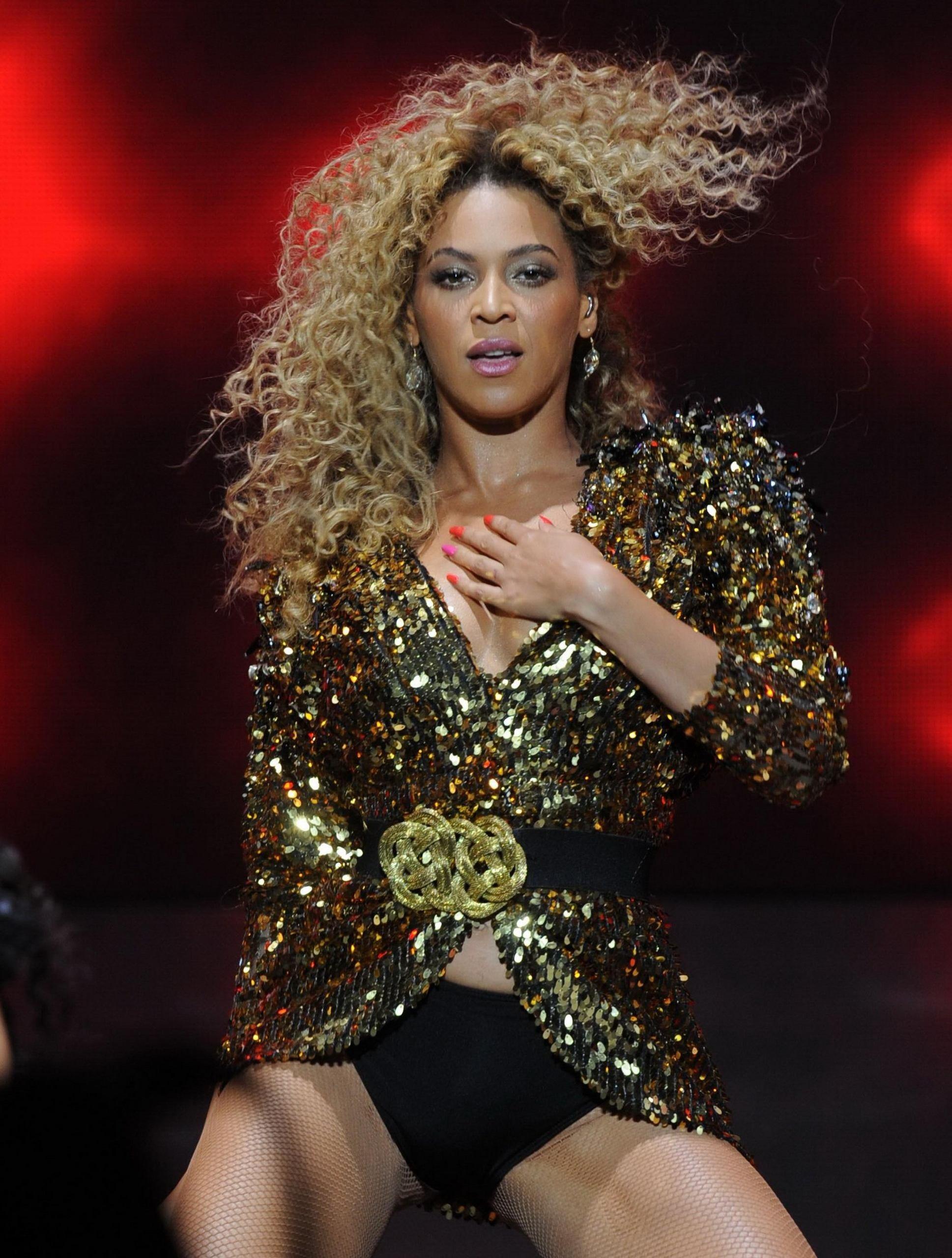 Beyonce clitoris, sexy full nangi images