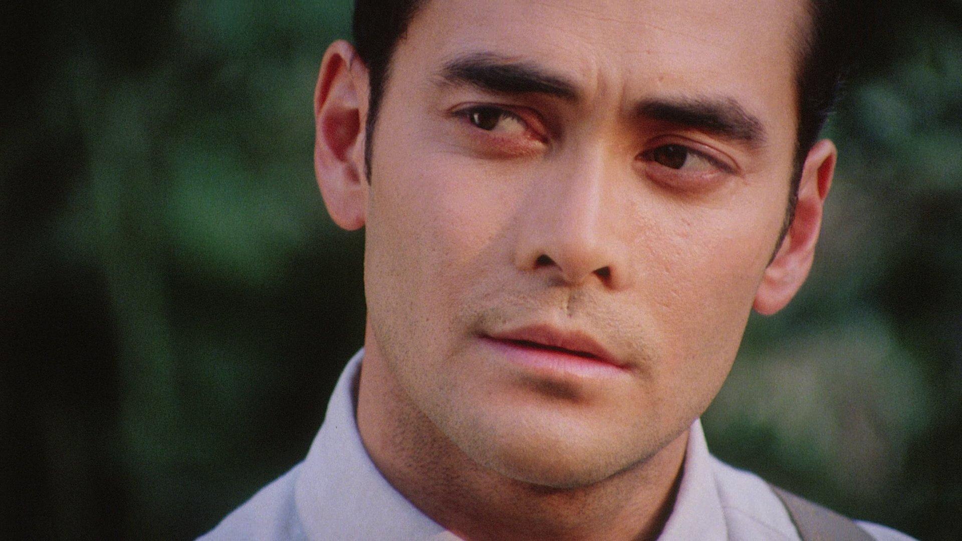 этого фото молодой актер марк дакаскос универсал своей