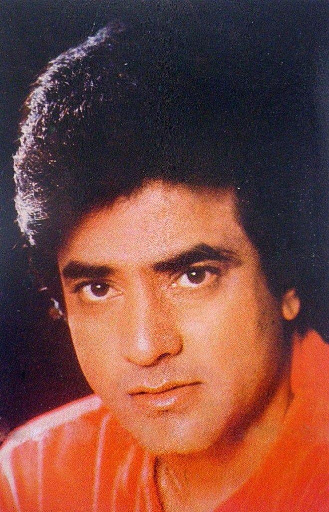 слабой индийские актеры джитендра фото стоит
