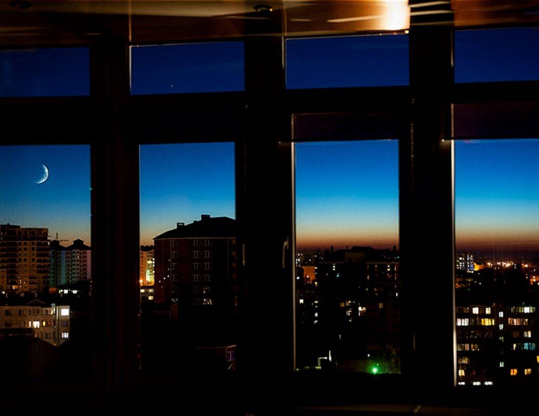 фото ночного города из окна затронем другие вопросы