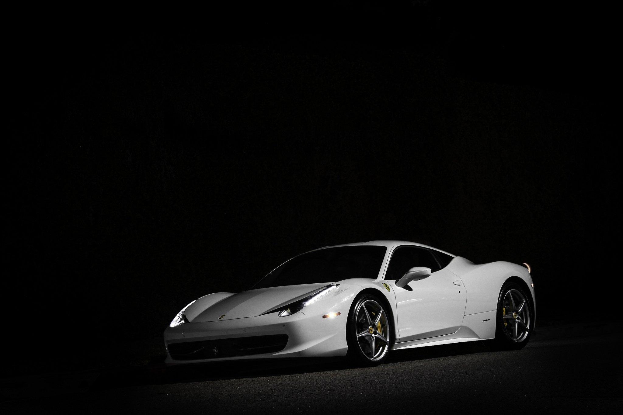 картинки с автомобилями на черном фоне бездушному предмету